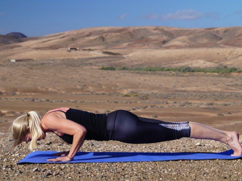 gerlinde vinyasa yoga trainer coach yoga workshops persoonlijke groei persoonlijke ontwikkeling yogadocent grou friesland