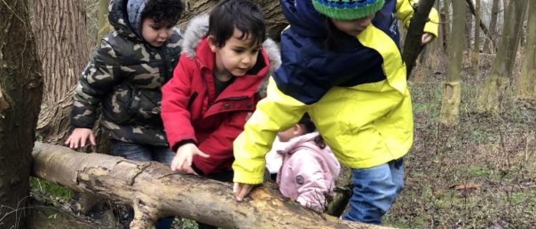 Fysiek contact tussen kinderen van 4 t/m 6 jaar