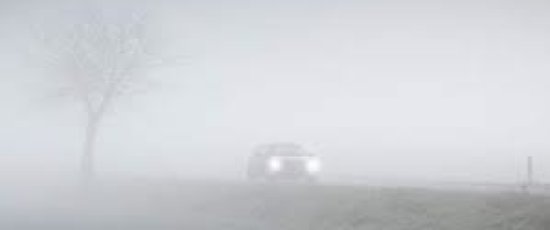 Mist vertroebelt de blik naar buiten