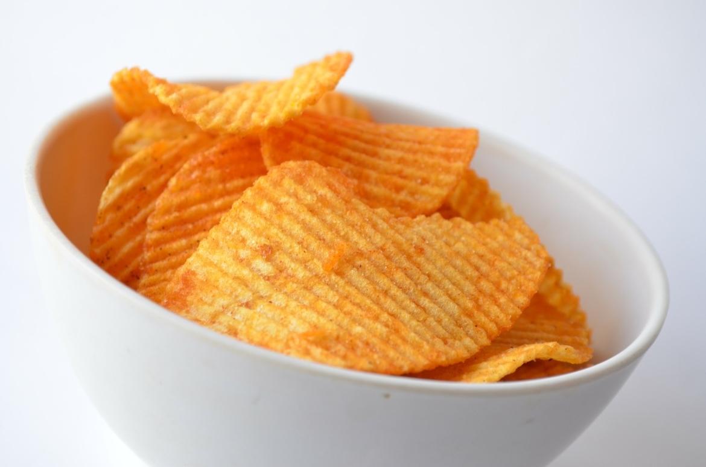 chips in bakje verboden te eten