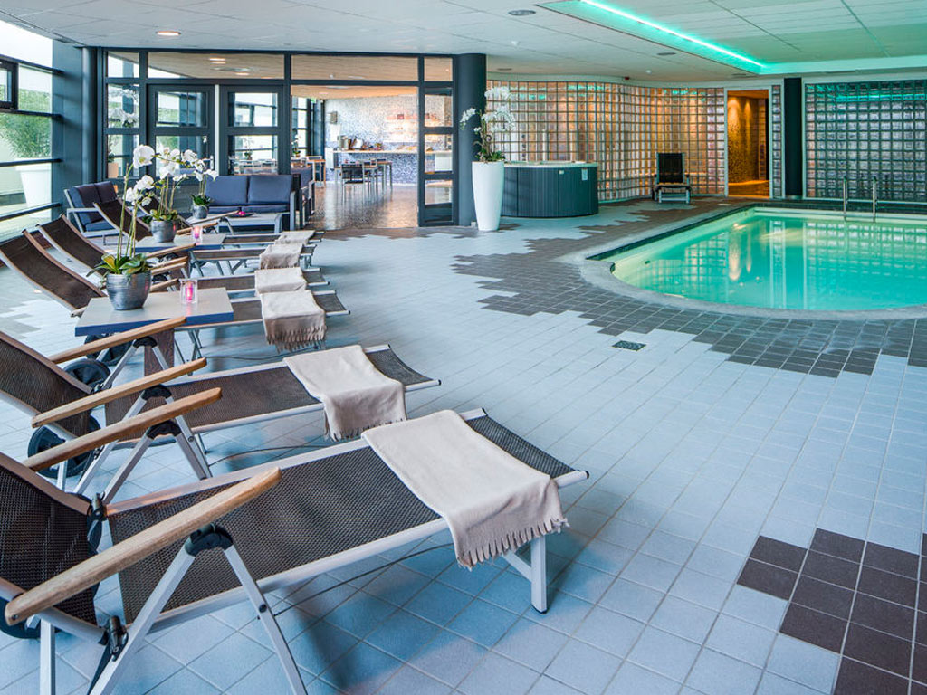 groot massage gelaats in Genemuiden