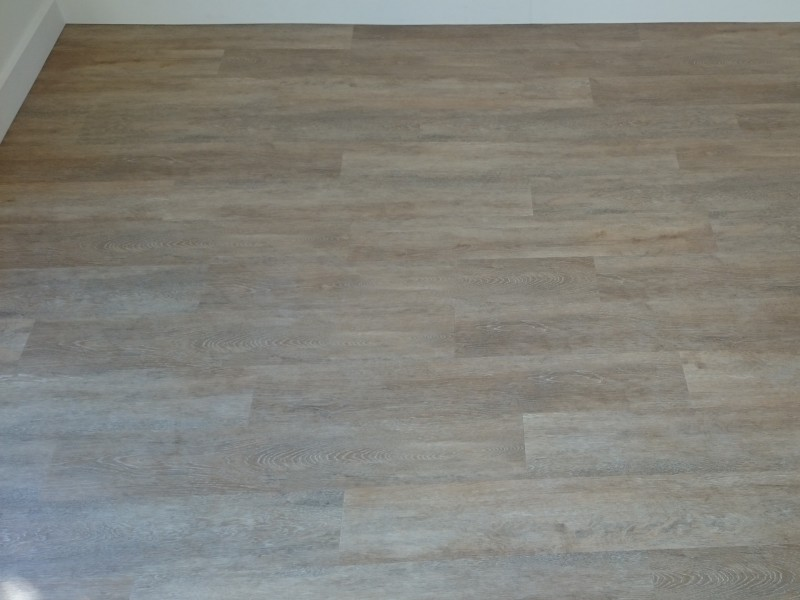 Gerflor PVC honey oak dry back