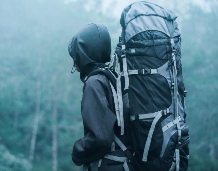 Een backpack online of in de winkel kopen?