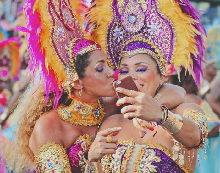 Wat zijn de officiële feestdagen op Curaçao?