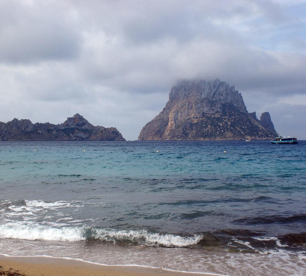 Es Vedra rots op Ibiza