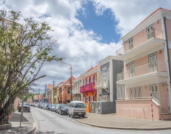 Hoe duur is het parkeren op Curaçao?