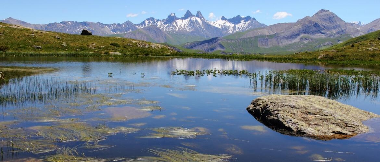 Een rondje rijden over de mooiste bergpassen van de Franse Alpen