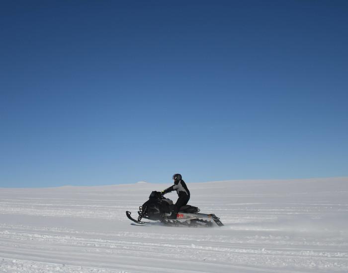 Sneeuwscooteren in Lapland
