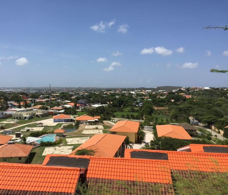 Waar moet ik op letten als ik ga werken of stage ga lopen op Curaçao?