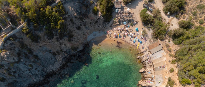 Deze drie beachclubs maken jouw vakantie op Ibiza compleet