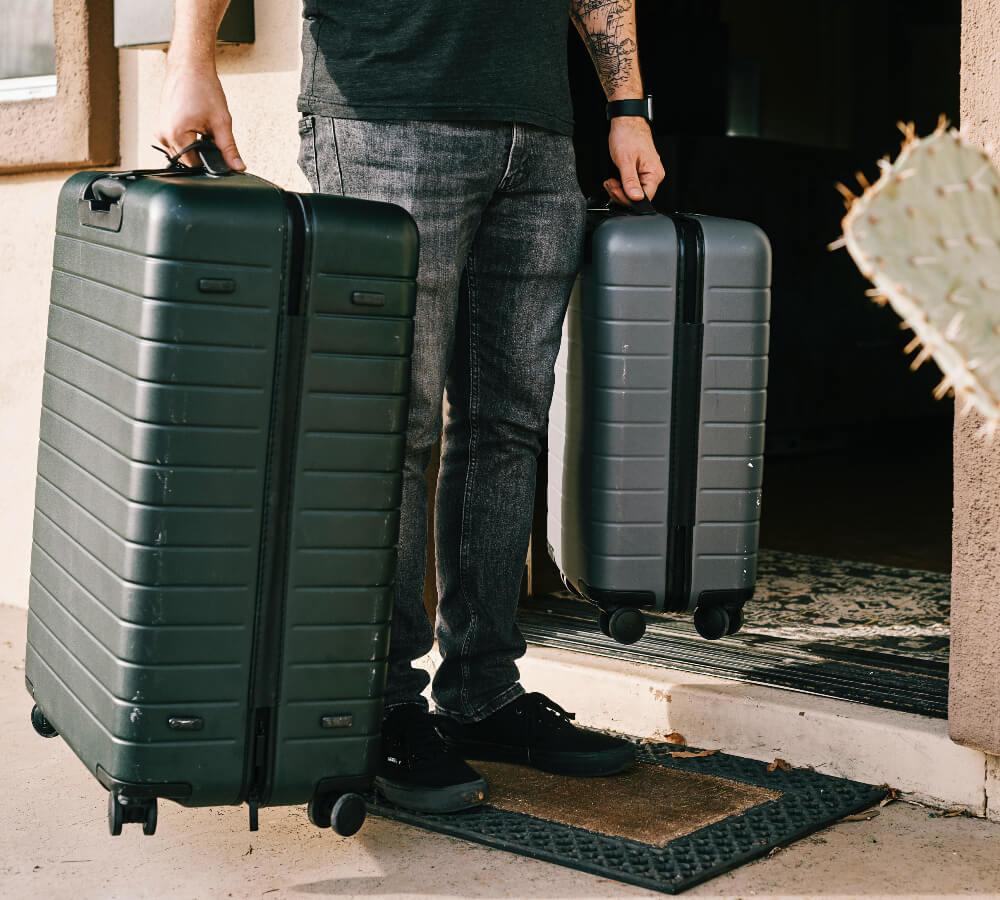 Hoe kan ik een koffer efficiënt inpakken?