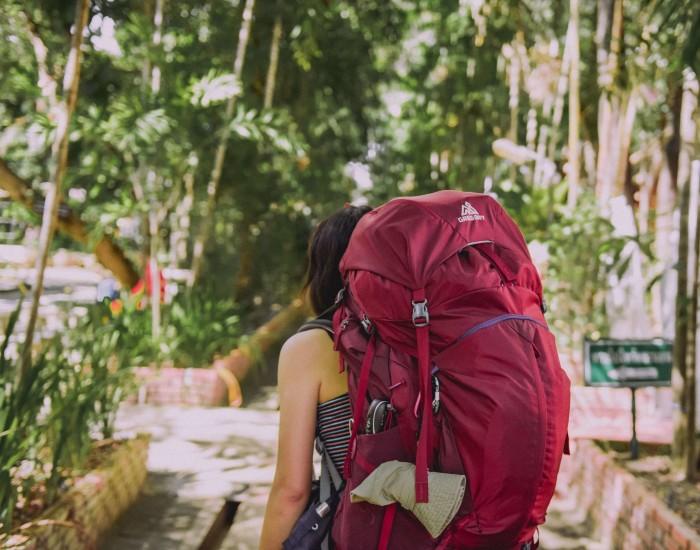 Een backpack inpakken met packing cubes