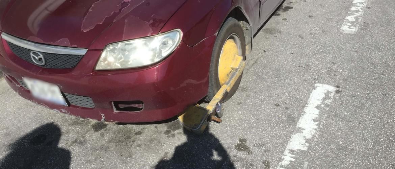 Een wielklem op mijn auto op Curaçao - Wat moet ik doen?