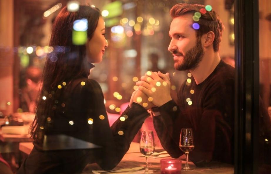 Datingtips voor mannen in het restaurant