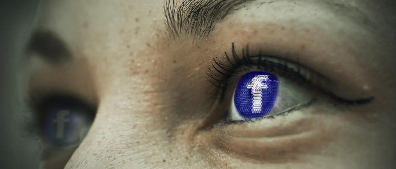 onzekerheid-door-social-media-facebook-oog