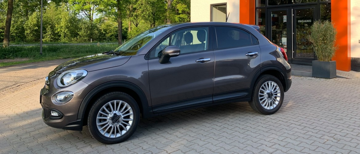 Fiat 500X: Alpine Multimedia Systeem & voor + achter Multi-View HDR camera's