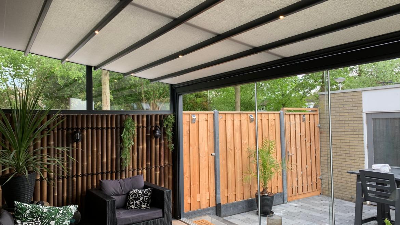 Een pergola terrasoverkapping is geschikt voor particulier-zsm zonwering