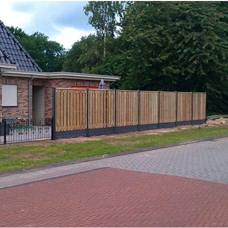 Aanbieding semi-luxe hout-betonschutting