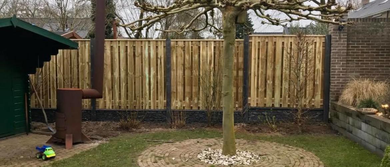 Een afdeklat of afdekkap voor een hout-betonschutting bestellen?