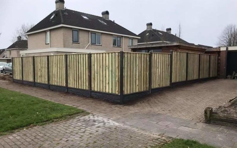 keuze semi luxe hout-betonschutting