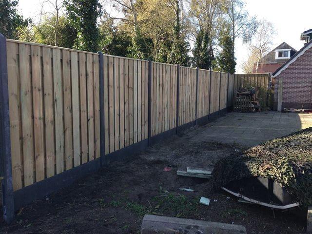 Uitleg en definitie hout-betonschutting