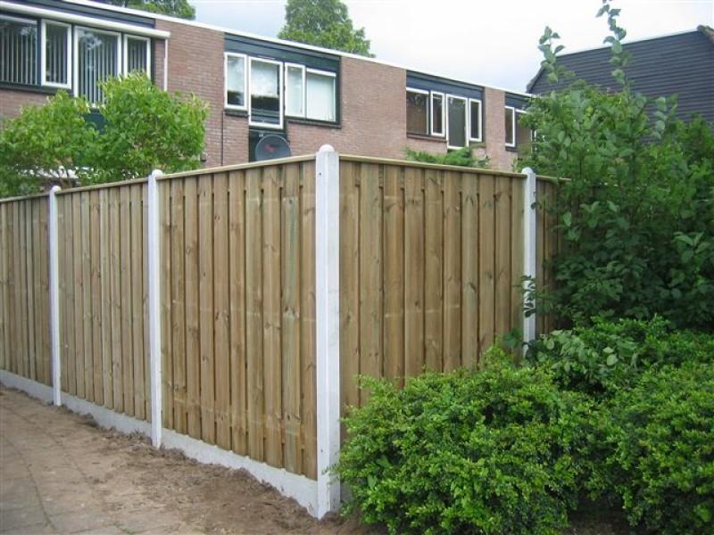 Inspiratie en voorbeelden standaard hout-betonschuttingen: grenen en douglas