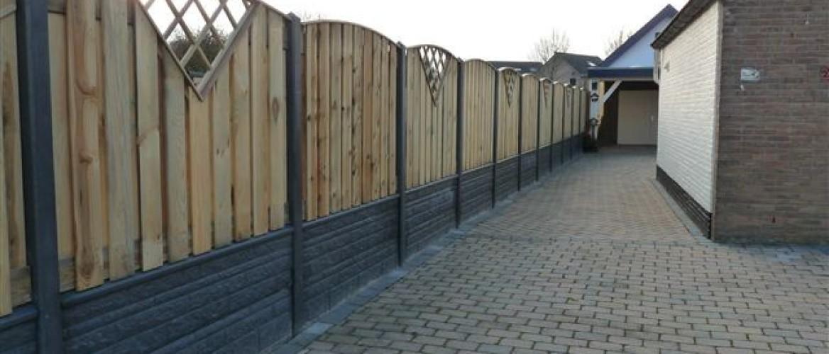 Wat kost een hout-betonschutting?